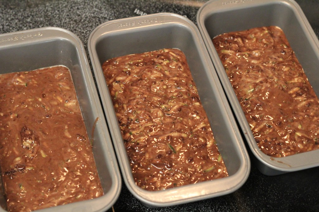 how high to fill loaf pans for zucchini bread