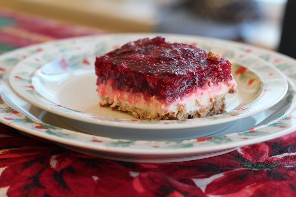 Pretzel layered cheesecake with raspberries pinterest
